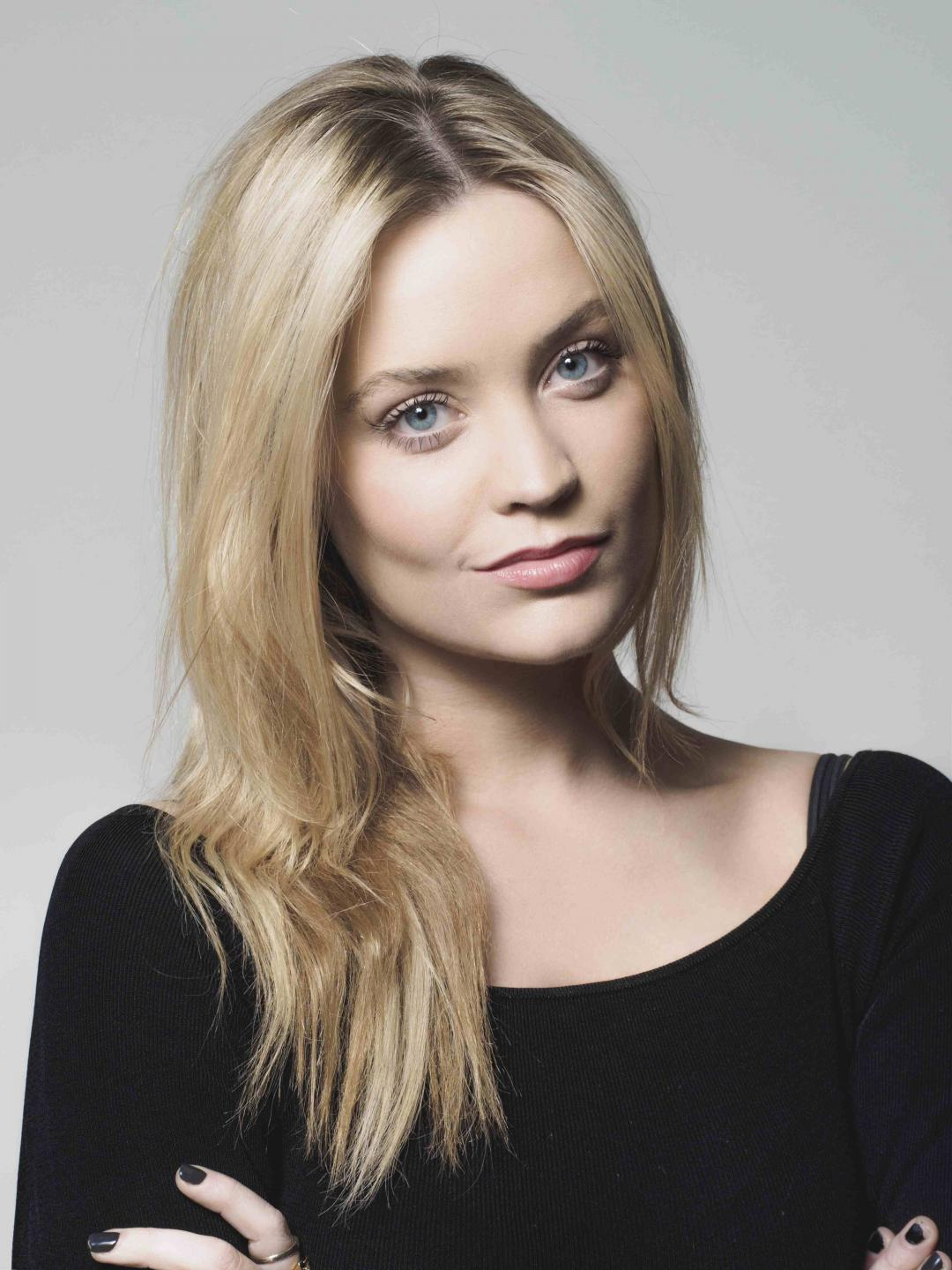 Laura Whitmore as Cleo