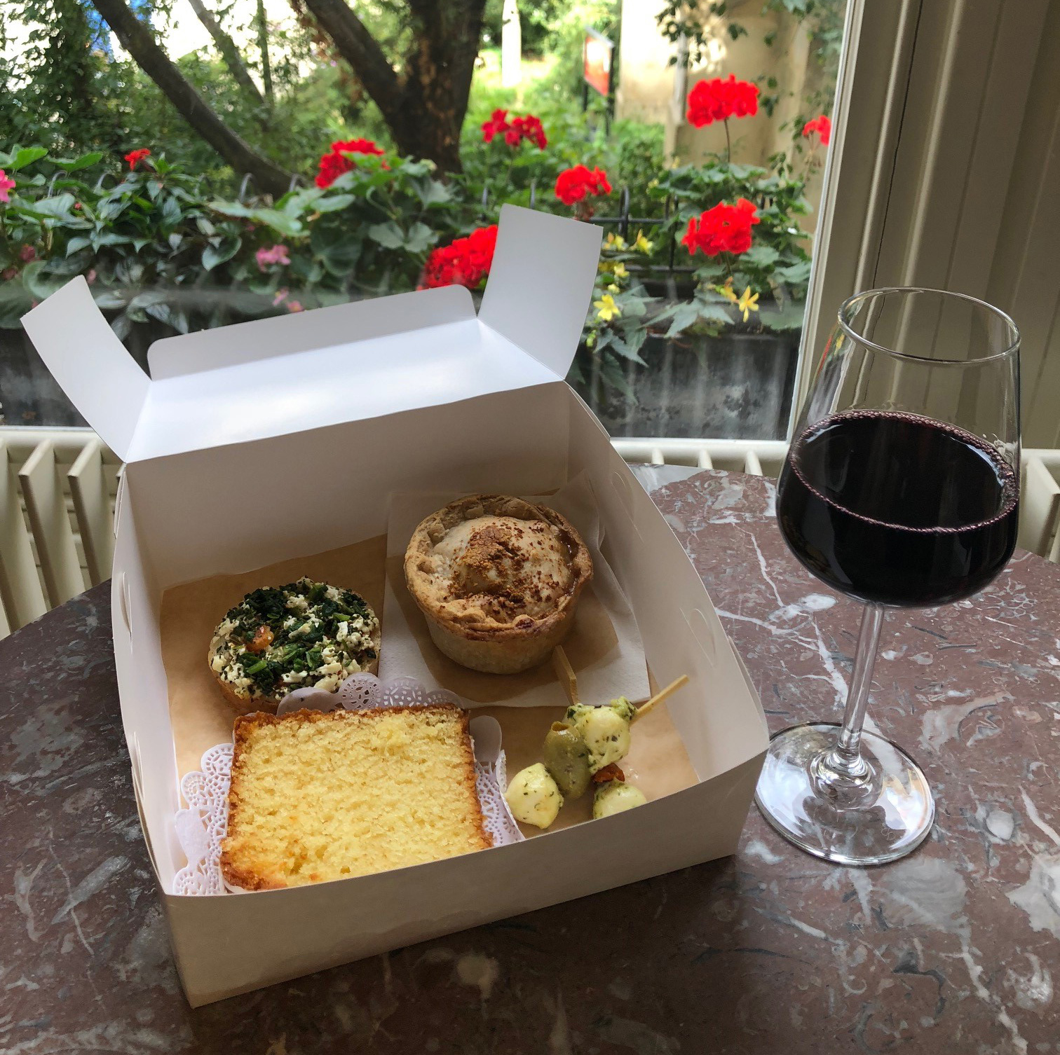 Pork Pie Box with red wine