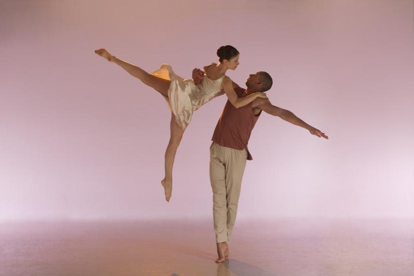 A male and female ballet dancer