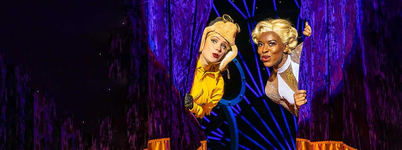 MAGIC GOES WRONG   Cambridge Arts Theatre